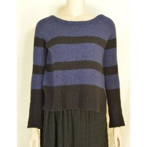 Vince Sweaters - Vince top sweater SZ S long sleeve dark blue black